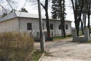 Kultúrny dom by mal byť obnovený do októbra.