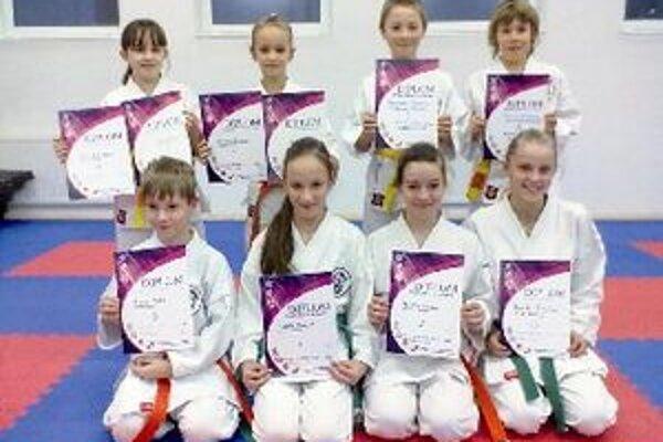 Mladí medailisti.
