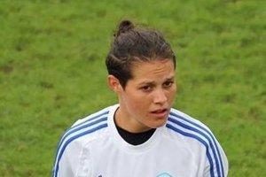 Martina Šurnovská v drese Slovana s kapitánskou páskou