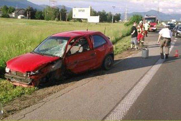 Pri zrážke sa našťastie nikto ťažko nezranil.
