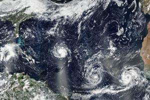 Tri hurikány zľava - Florence, Isaac a Helene.
