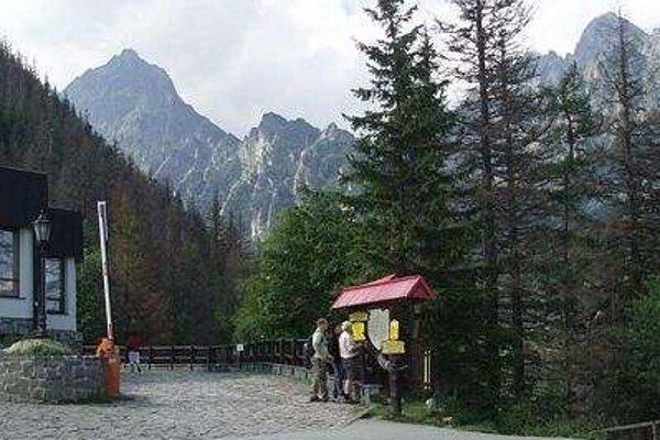 Turistka schádzala z Hrebienka do Smokovca.