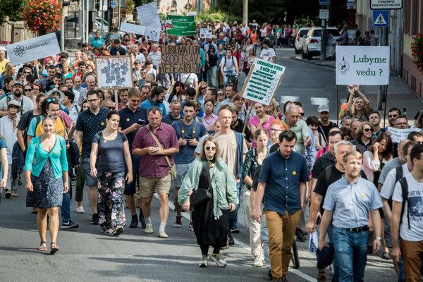 Iniciatíva Veda chce žiť zorganizovala Pochod vedcov.