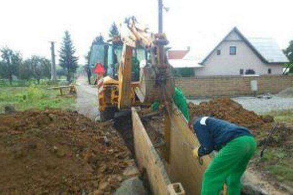 V obci treba dorobiť ešte 500 metrov kanalizácie.