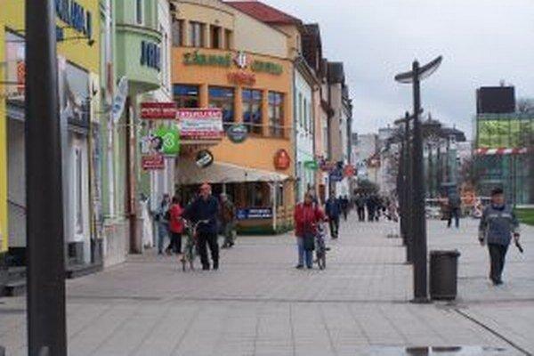 V Martine cyklistom sprístupnili aj pešiu zónu.