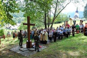Posviacka vojenského cintorína v obci Svetlice.