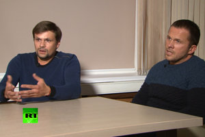 Ruslan Boshirov a Alexander Petrov v ruskej štátnej televízii.