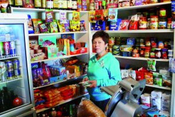 Katarína Krumplíková má malá obchodík na dolných Vrútkach.