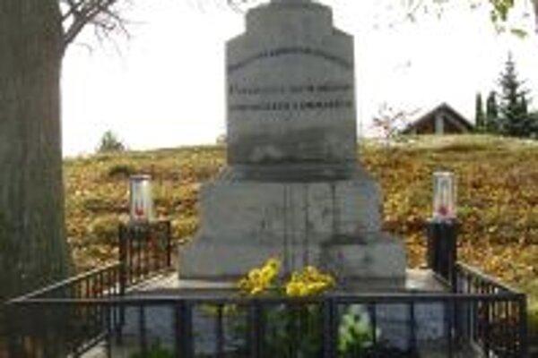 Pamätník domácich a amerických bratov.