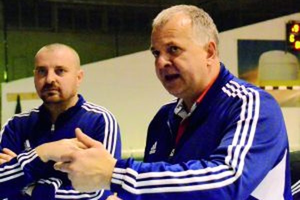 Jozef Mujgoš (vpravo) je optimista, svojím zverencom verí.