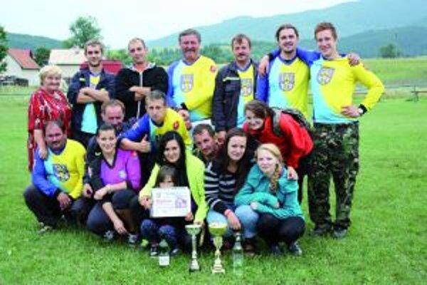 Hasiči zo Slovian si z našej súťaže odniesli prvé miesto.