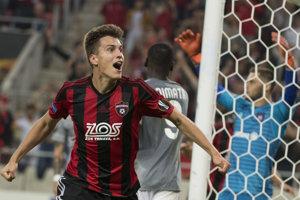 Matej Oravec sa raduje zo svojho gólu.