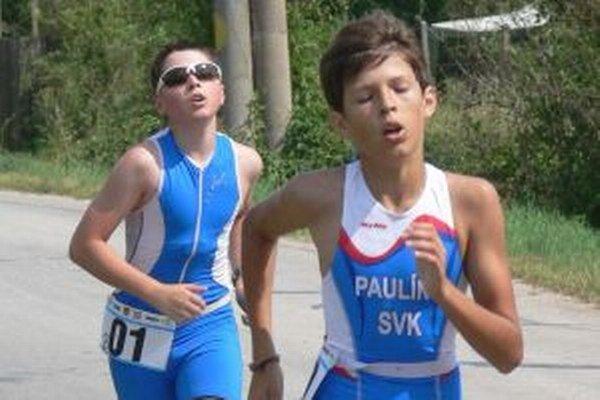 Andrej Pulíny je v kategórii mladších žiakov triatlonovým majstrom Slovenska.