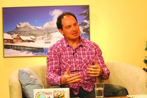 Bruno Horecký, pedagóg, karikaturista, poslanec.