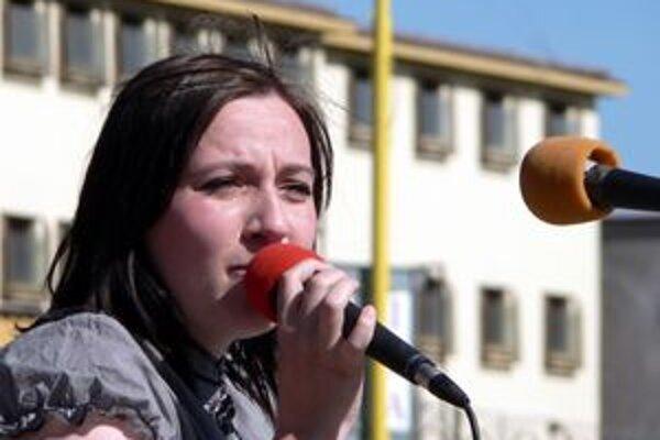 Katka Koščová na jednom z koncertov.