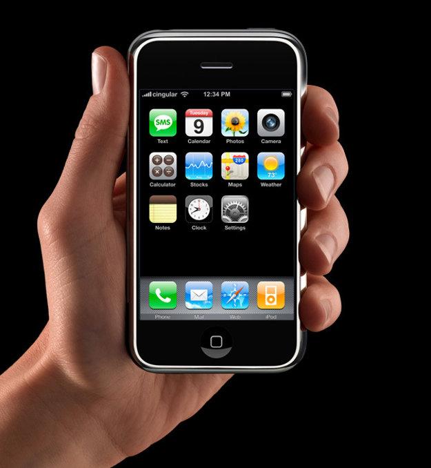 Aj prvý iPhone používal Li-ion batériu