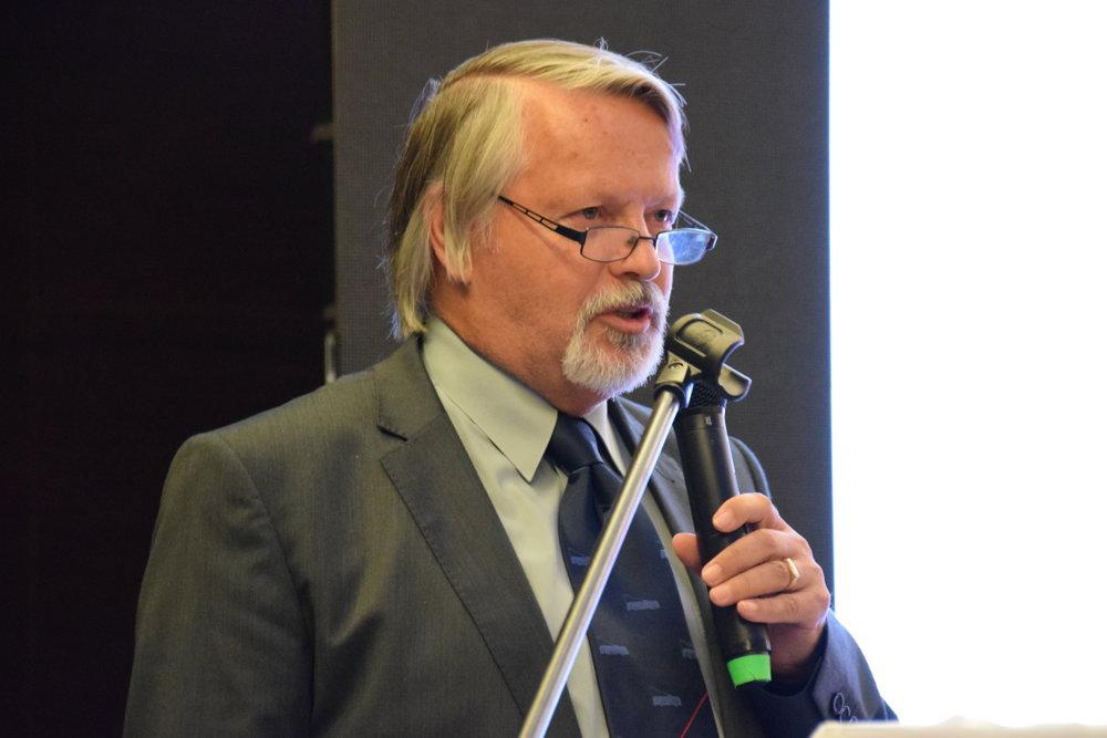 Juraj Popluhár.