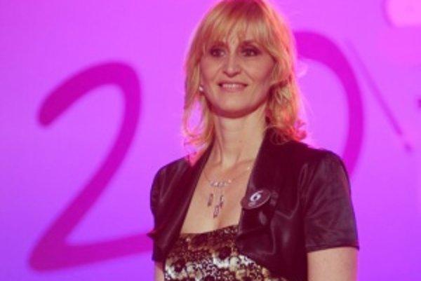 Monika Hustáková. Vrútockí gymnazisti ju do súťaže prihlásili, pretože je to ich najobľúbenejšia učiteľka.