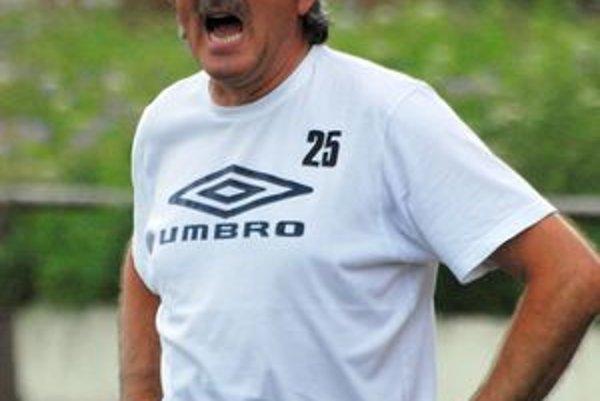Nároky môžem redukovať, zľahčovanie však nedopustím, tvrdí tréner Turian Jozef Šino.
