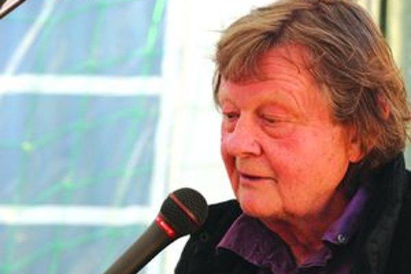 Vladimír Merta počas vystúpenia v Martine.