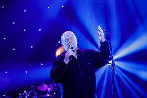 Peter Lipa na koncert 75 rokov v plnom nasadení.