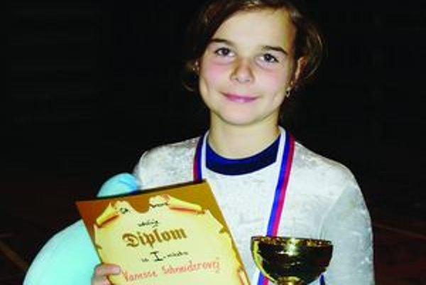 Venesska Schneiderová – najúspešnejšia vrútocká a aj turčianska gymnastka roku 2011.