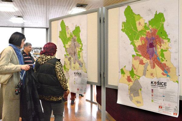 Koncept územného plánu Košíc bol aj vo vestibule magistrátu.