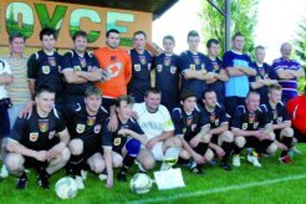 Mužstvo Príboviec - víťaz II. triedy