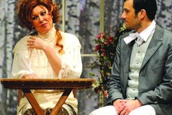 Dotyky a spojenia 2009 - Marta Sládečková ako Natália v Turgenevovej hre Mesiac na dedine spolu s Róbertom Jakabom (Alexej Beľajev).