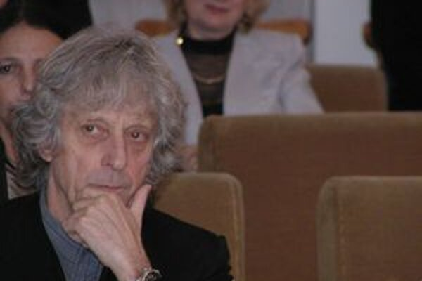 Jozef Ciller, scénograf Slovenského komorného divadla.