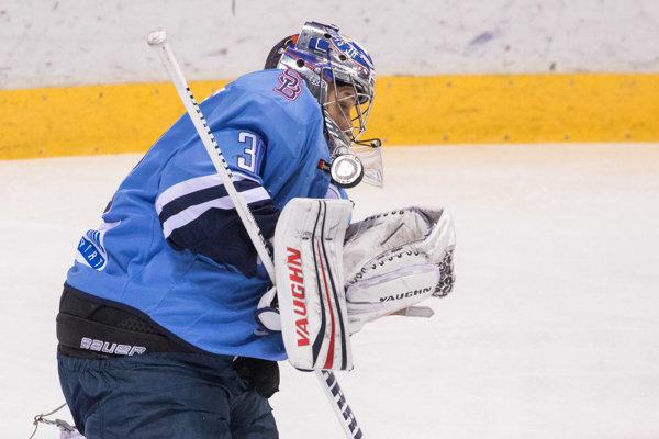 Brankár Slovana Jakub Štěpánek.