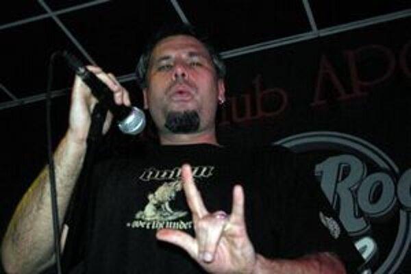 Spevák Viktor Mareček tvrdí, že kapela divákov určite prekvapí