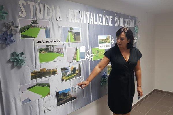 Počas pekných dní tiež plánuje presunúť výučbu do nového altánku, ktorý by mal vzniknúť vo vonkajších priestoroch. Uviedla to riaditeľka školy Emília Čudejková.