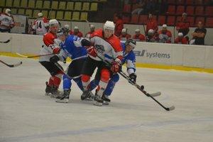 Pov. Bystrica (v bielom) musela hrať ďalšie predĺženie.