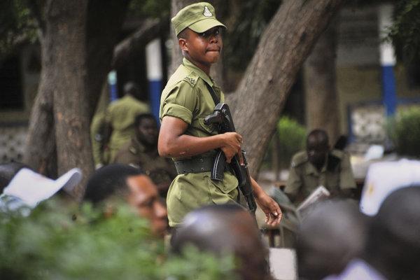 Africký miliardár unesený v Tanzánii sa vrátil domov