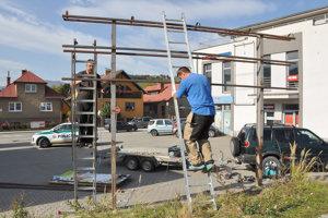 Odstraňovanie bilboardov v Dolnom Kubíne.