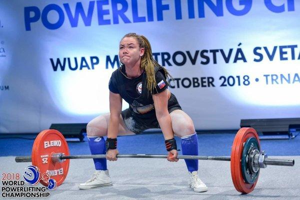 Rebeca Ficeková.