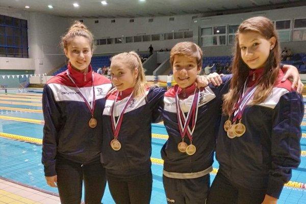 Zľava - Mináčová, Sopková, Hraško, Vasilová