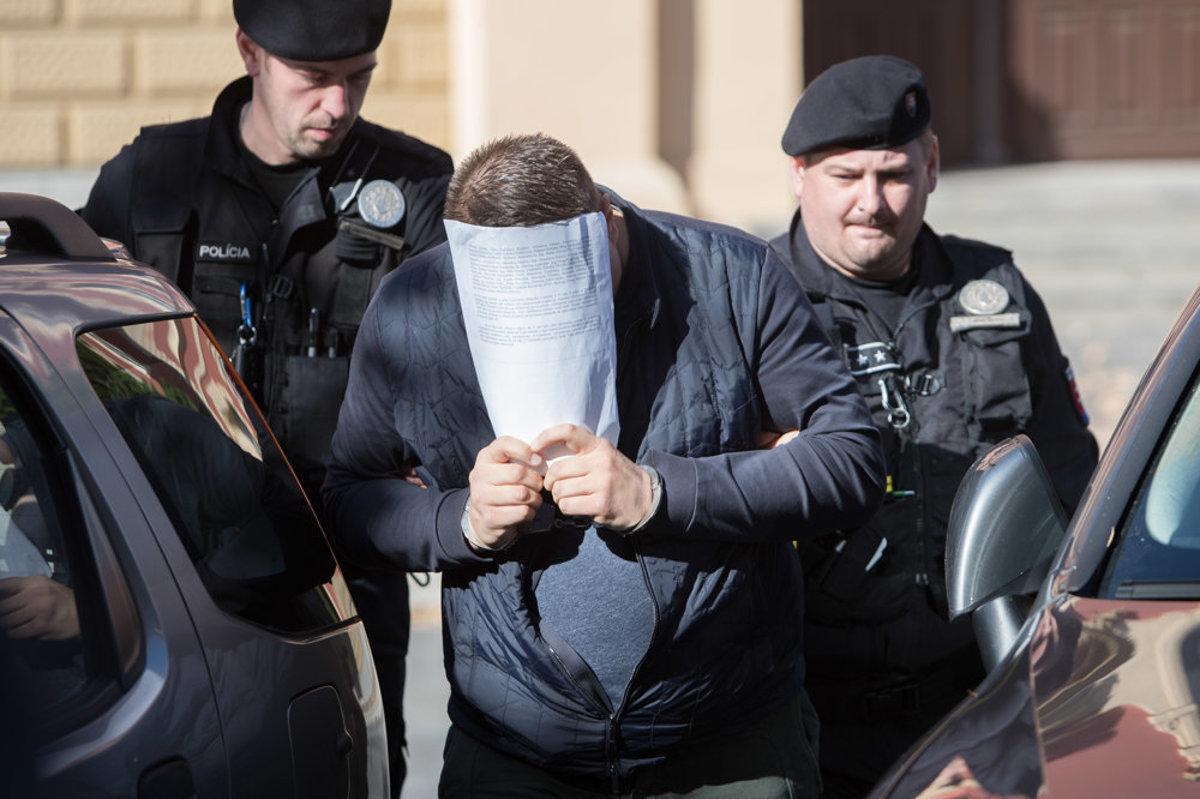 V daňovej kauze Shark sa obvinení rozdelili do dvoch skupín - kosice.korzar.sme.sk