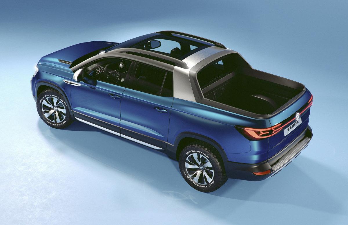 da93487e8 Nový pick-up Volkswagen Tarok vie predĺžiť korbu na úkor posádky