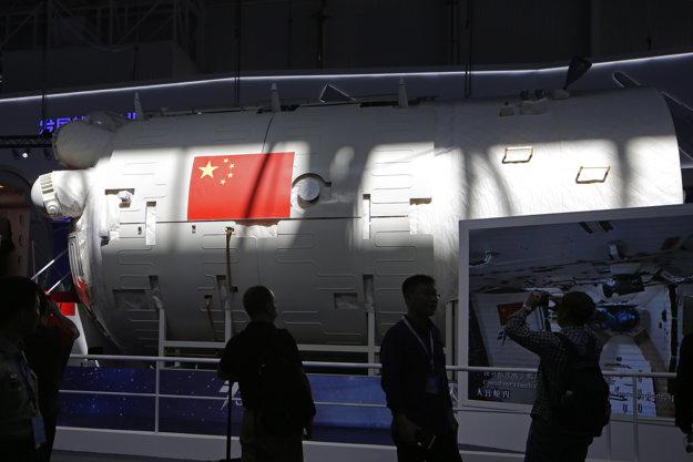Model modulu čínskej vesmírnej stanice.