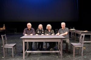 Realizačný tím NAŠICH furiantov – zľava režisér Ľubomír Vajdička, kostymérka Marija Havran, scénograf Jozef Ciller a autor hudby Róbert Mankovecký.