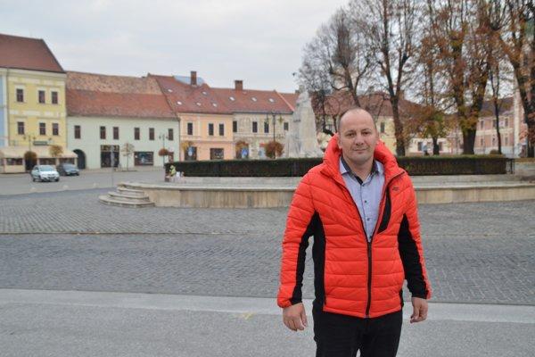 Michala Domika poznajú Rožňavčania ako záchrancu futbalu v meste. Teraz ho čakajú nové výzvy. FOTO: PP