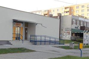 Pošta 5 v Leviciach bola zatvorená od polovice mája 2018.