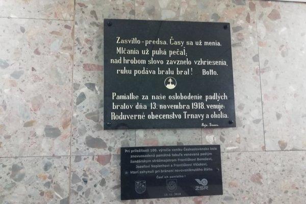 Pamätnú tabuľu na četníkov osadili v utorok, 13. novembra.