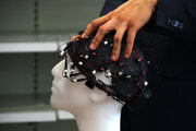 Prilba na meranie mozgových vĺn