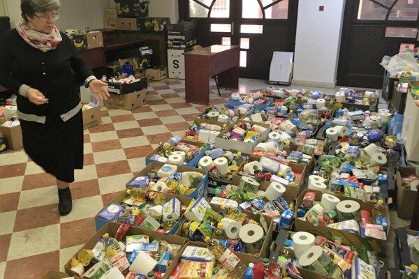 V zbierke sa podarilo vyzbierať tri tony potravín a hygienických potrieb.