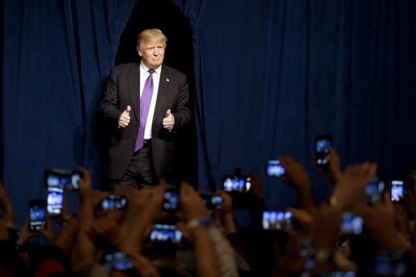 Trump opäť triumfoval.
