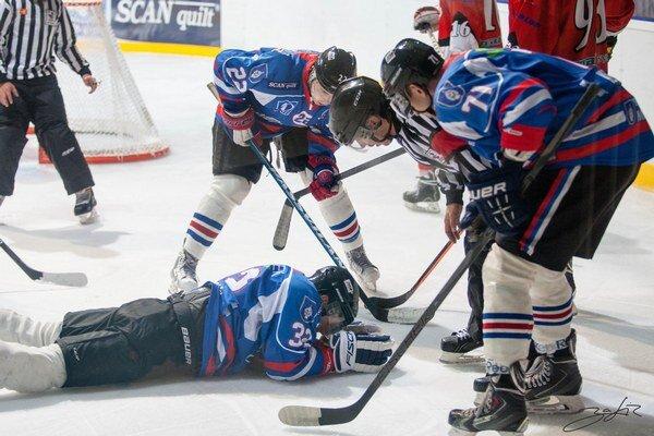 Z východu republiky sa hokejisti vracali naprázdno, pred vernými fanúšikmi bodovali naplno.
