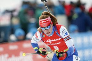 Paulína Fialková na trati stíhacích pretekov.